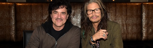 BIG MACHINE GROUP SIGNS STEVEN TYLER